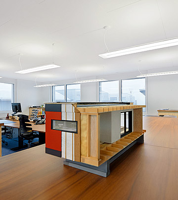 LED lighting in the offices of architecture firm Planteams