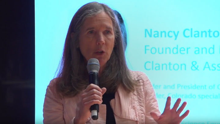 Nancy Clanton speaking at light+building