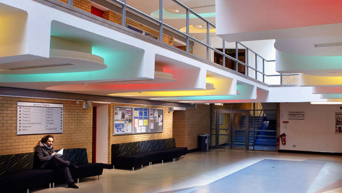 Philips Lighting helps bring energy-efficient, eye-capturing lighting to the University of Surrey foyer