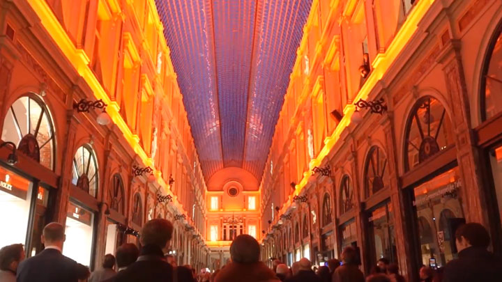 Philips lighting in the Galeries Royales