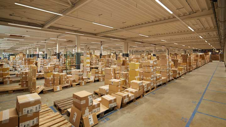 State of Art logistic room