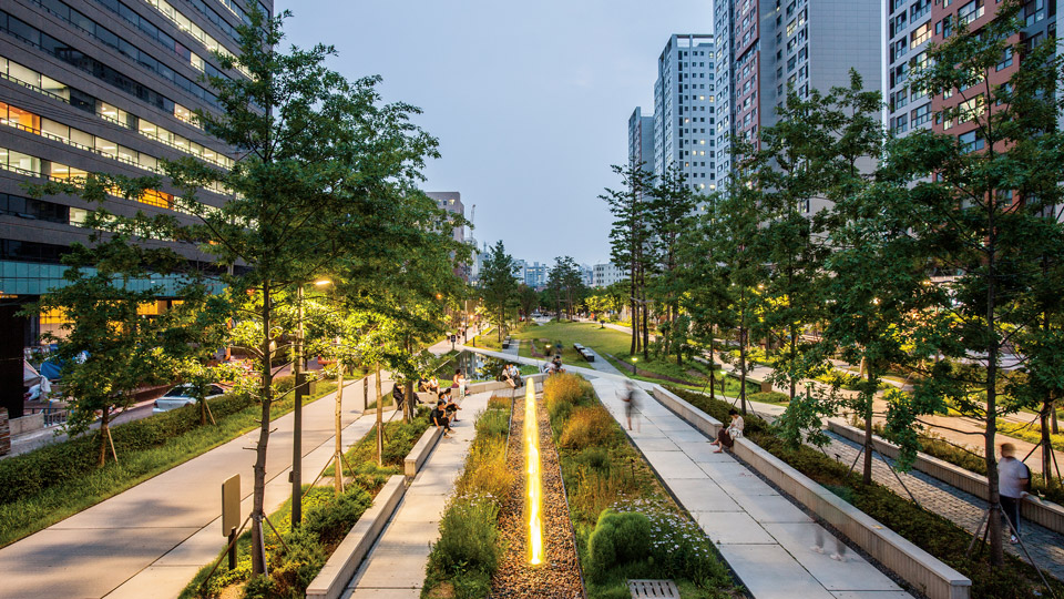 Seoul, South-Korea, Gyeongui, Philips Lighting City People Light award