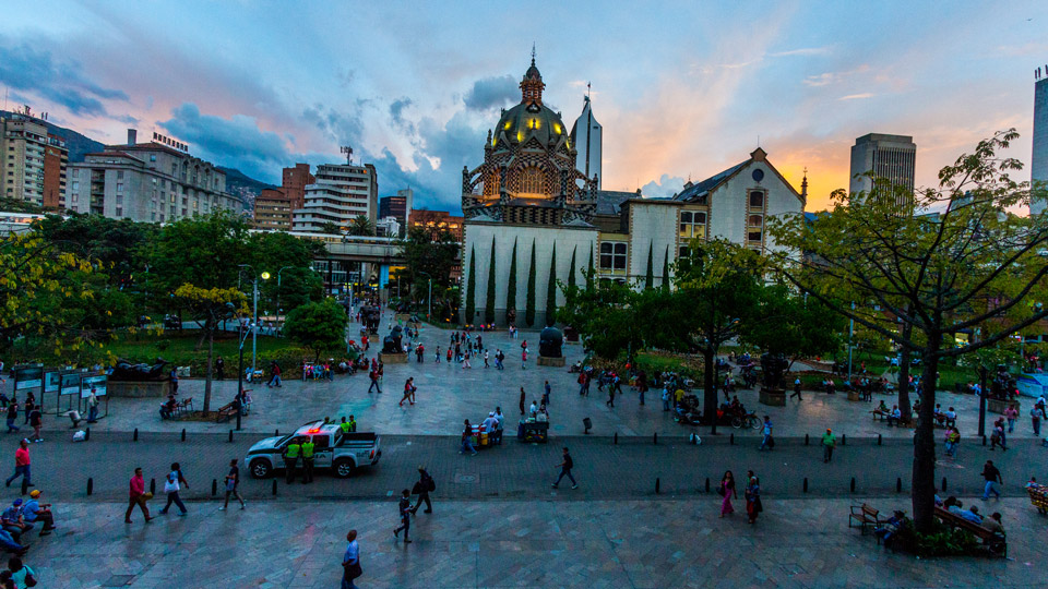 Colombia, Medellin, Plaza Botero, Philips Lighting City People Light award