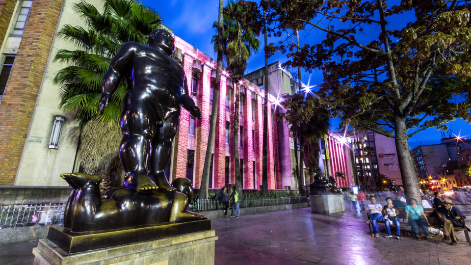 Medellin, Colombia, Plaza Botero, Philips Lighting City People Light award