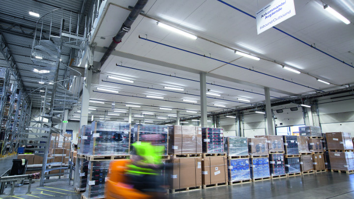 Pacific LED luminaires installed in Prologis park in Sweden. A professional lighting solution that saves energy and provides high quality of light in heigh ceiling applications.