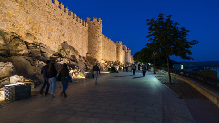 Avila-Spain-urban lighting-Philips Lighting-2
