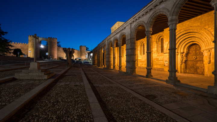 Avila-Spain-urban lighting-Philips Lighting-3