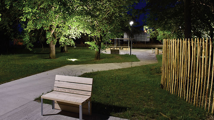 Learn how the municipality of Bègles in France achieved increased energy savings and created a connection with its citizens using a custimized LED lighting solution from Philips.