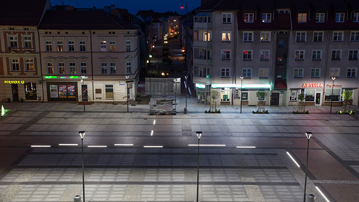 Polish city of Szczecinek using lighting solutions from Philips Lighting for the central square