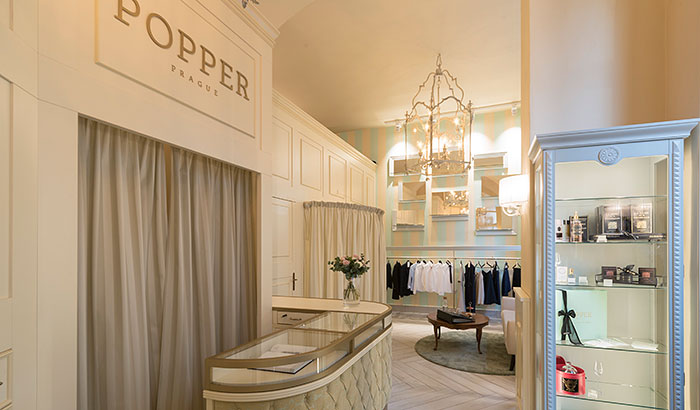Luxury Prague tailors Popper, uses Philips Lighting technology in fitting rooms