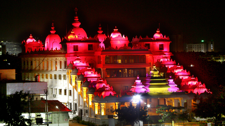 City of Nawabs decked up for night Tourism & showcase the rich heritag-1