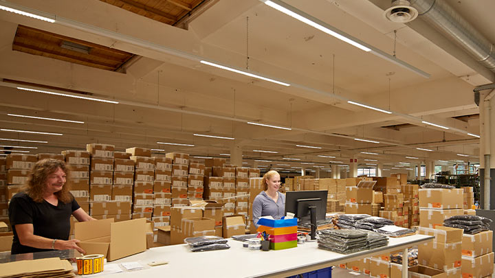 Trunking luminaires improve visibility in production areas