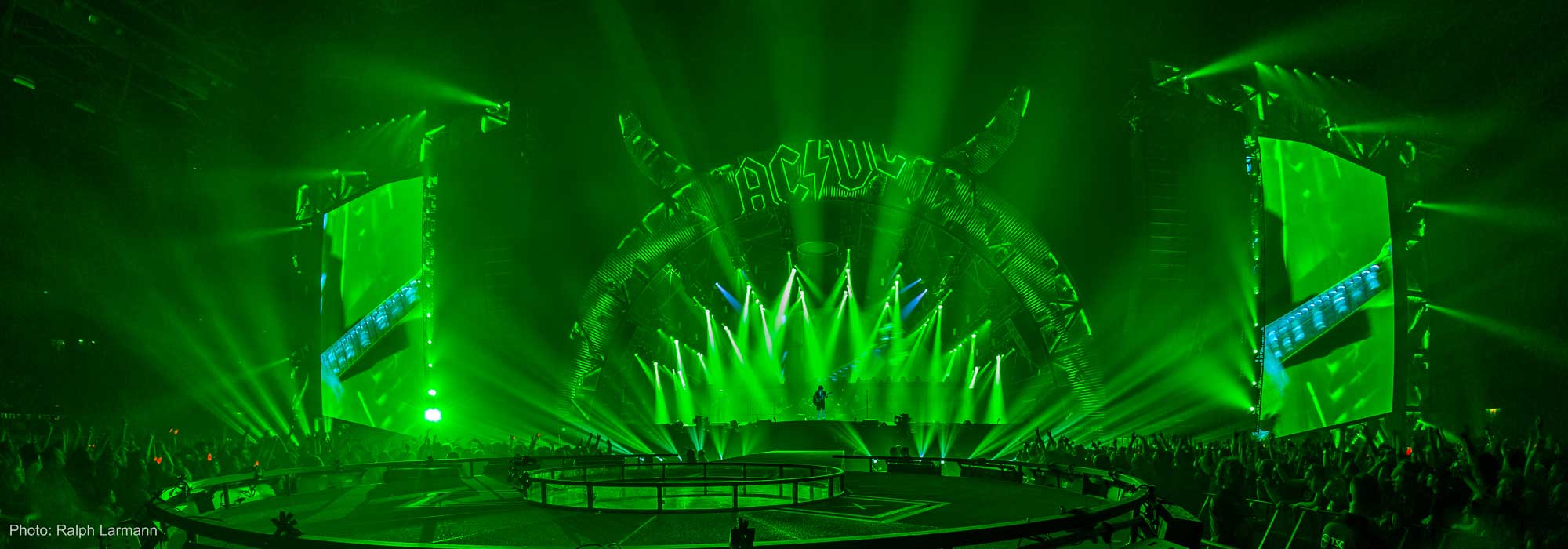 On Stage with Patrick Woodroffe - Philips Lighting